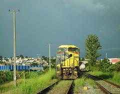 MRS GE C44-EMI 3944 (Valber Santana) Tags: mrs c44emi locomotiva itaquaquecetuba itaqua são variante do paulo paratei linha de sp pinheirinho carga geral ge general electric wide cab