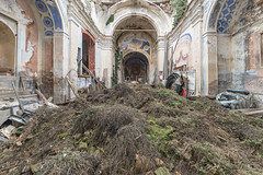(Kollaps3n) Tags: church abandoned abbandono urbanexploration urbex explore decay abandonedplaces nikon