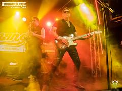 Mike Slingluff & Eduardo Pinilla (yiyo4ever) Tags: burning but johnnycifuentes todorock zuiko concert concierto guitar fenderguitar lights luces stage escenario lumix panasonic olympus omd em5 m43 mft zuiko1240mmf28 lumix35100mmf28 rubenpozo loszigarros desvariados