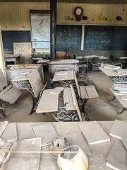 Old school house (Diane Meade-Tibbetts) Tags: roadtrip oldschoolhouse schoolroom history bodiestatehistoricpark school bodieca schoolhouse