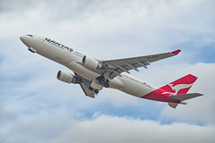 Qantas | A330-200 | VH-EBK (Anthony Kernich Photo) Tags: vhebk view airplane aircraft airplanepicture airplanephotograph airplanephoto adelaide adelaideairport plane aviation jet olympusem10 olympus olympusomd commercialaviation planespotting planespot aeroplane flight flying airline airliner kadl kpad adl airport raw widebody airbus airbusa330 a330 a330200 qantas qantasairways takeoff