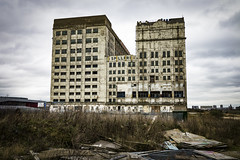 Abandoned Millenium Mills Building, Silvertown (London Less Travelled) Tags: uk unitedkingdom england britain london newham silvertown city urban abandoned factory warehouse millenium mills industial