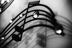 039/365: music in iron (Zoo Human) Tags: 365the2018edition 3652018 day39365 08feb18 dailyphoto music notes monochrome sculpture