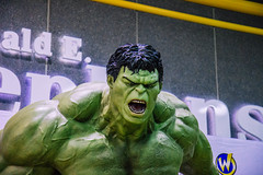 hulk (timp37) Tags: statue hulk chicago illinois rosemont august 2016 wizard world comic con incredible