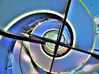 Spiral Staircase in Telefonica Building- MADRID  Escalera de Caracol Telefónica  - MADRID - España