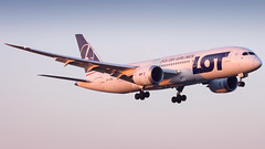 LOT Polish Airlines / Boeing 787-8 Dreamliner / SP-LRB (friutfulmonk58) Tags: sunset