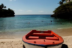 Almost Private Beach Cove (Prayitno / Thank you for (12 millions +) view) Tags: konomark playa beach cove secluded private caribbean ocean sea shore coast coastal line water front red boat snorkeling swim swimming outdoor sunny day time blue sky