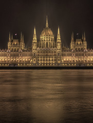 Budapest, Hungarian Parliament (Wizard CG) Tags: budapest hungary ungarn parliament night parlament hungarian lights danube architecture building outdoor skyline city dark long exposure epl7 waterfront world trekker ngc nightshots 2016 olympus