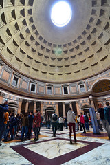 Pantheon, wide angle (Thomas Roland) Tags: kirke kirche church dome kuppel ceiling loft roof tag temple wide vidvinkel wideangle old architecture rome rom roma italia italy italien europe europa travel rejse holiday city by stadt roman tourist tourism destination visitors