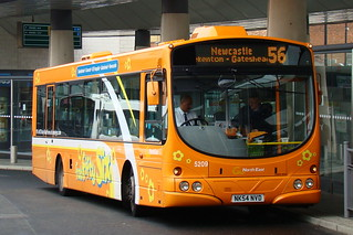 GO NORTH EAST 5209 NK54NVD IS SEEN AT SUNDERLAND INTERCHANGE ON 1 AUGUST 2009
