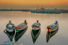 Chennai (E&R's) Tags: sunset chennai beach fishing dusk longexposure nd filter harbour water orange boat colours green row subcontinent india asia south blue canon dslr manfrotto timer remote january