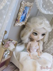 2 | Honnor In The Heart... (Little Queen Gaou) Tags: pullip doll groove nanachan victorian story photography photographie old vintage shabby romantic taeyang diorama dollhouse minatures