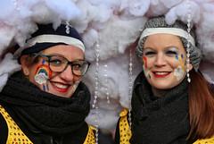 Eschweiler, Carnival 2018, 082 (Andy von der Wurm) Tags: karneval kostüm costume carnival mardigrass eschweiler 2018 kostüme kostueme nrw nordrheinwestfalen northrhinewestfalia germany deutschland allemagne alemania europa europe female male girl teenager smiling smile lachen lächeln lustforlife groove portrait lebensfreude verkleidung verkleidet dressed bunt colorful colourful karnevalsumzug karnevalszug carnivalparade andyvonderwurm andreasfucke hobbyphotograph funkenmarie funkenmariechen