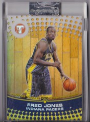 2002-03 Topps Pristine Refractor #91 Fred Jones uncirculated RC #'d 069:499 1 (hoosierdealer) Tags: 200304 topps pristine basketball refractor serial numbered d uncirculated rookie rc ry