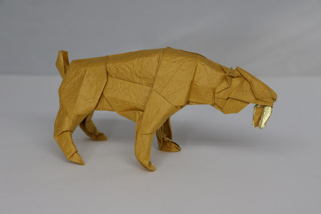Origami Smilodon 2 Tankoda Tags Saber Toothed Sabertoothed Tooth