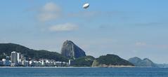 Dirigível (Rctk caRIOca) Tags: copacabana rio de janeiro