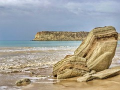 Hormozgan, Iran (nimamalek) Tags: هرمزگان ایران snapseed iphone8plus iphone8 iphonex shotoniphone mobilegraphy iphoneography appleiphone iphone apple tourist mustseeiran beautiful scene wind water foam wave waves clouds sky warm sand rocks beach sea naturelovers nature travel hormozgan iran