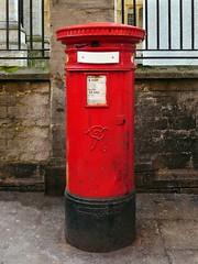 Oxford (Central), Oxfordshire (Oxfordshire Churches) Tags: oxford oxfordshire england uk unitedkingdom ©johnward panasonic lumixgh3 mft microfourthirds micro43 royalmail postboxes letterboxes mailboxes pillarboxes vr victorian outofusepostboxes outofuse oou notinusepostboxes notinuse niu pb10142 ox185 handyside