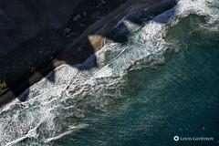 Nā Pali Coast, Kauai, Hawaii (Louis Geoffroy) Tags: coast côte mer sea ocean beach shadows mountain montagnes ombres plage napali kauai hawaii