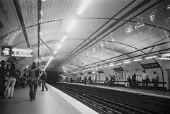Metro de Paris.