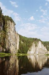 Скалы на Чусовой (SorniNai) Tags: rock river ural mountain middleural stone nature 35mm 35mmfilm film filmphoto forest landscape река чусовая урал