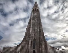 Hallgrimskirkja (Sic Itur Ad Astra LRPS) Tags: red iceland snow ice cold icelandic hallgrimskirkja reykjavik church lutheran