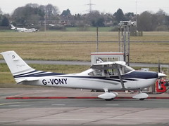 G-VONY Cessna 182T Private (Aircaft @ Gloucestershire Airport By James) Tags: gloucestershire airport gvony cessna 182t private egbj james lloyds