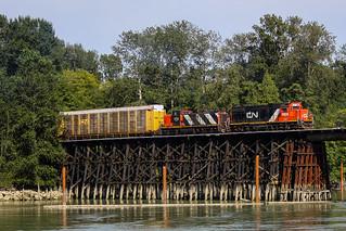 GTW 5825 ~ Lulu Island Industrial Line