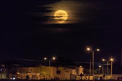Luna yucateca (eit1mx) Tags: merida yucatan mexico color noche luna canon night moon superluna supermoon