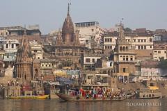 Varanasi (Rolandito.) Tags: asia india inde indien varanasi benares ganges ganga river