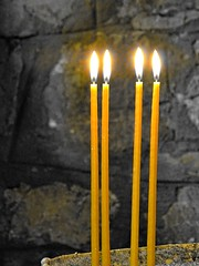Light source in chapel. But also remembrance, hope, pray... (Ia Löfquist) Tags: crete kreta ortodox orthodox candle stearinljus ljus light fs180211 ljuskälla fotosondag fotosöndag