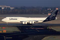 Lufthansa  Boeing 747-830 D-ABYA (widebodies) Tags: düsseldorf dus eddl widebody widebodies plane aircraft flughafen airport flugzeug flugzeugbilder lufthansa boeing 747830 dabya explorethenew