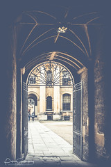 Brasenose College Quad At Oxford University (Peter Greenway) Tags: brasenosecollege architecture quad student studentlife oxforduni flickr oxforduniversity streetphotography railings oxford gateway gate street arch oxsomething