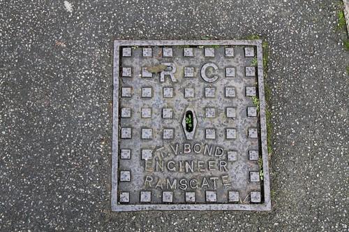 Access Cover (T. V. Bond, Engineer, Ramsgate) - RC (Ramsgate Corporation)