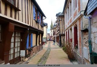 La Bouille , village authentique