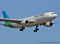 A330-200_Level_EC-MOY-001 (Ragnarok31) Tags: airbus a330 a332 a330200 level ecmoy