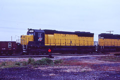 C&NW SD45 #903 in Green Bay WI on10-10-81 (LE_Irvin) Tags: cnw greenbaywi sd45