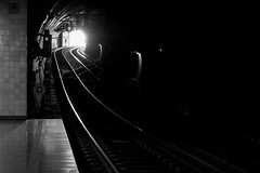 Lights (Francisco (PortoPortugal)) Tags: 0112018 20170219fpbo5004 bw nb pb lights tunnel subway porto portugal portografiaassociaçãofotográficadoporto franciscooliveira
