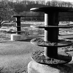 Inwood Hill (colinpoe) Tags: railing inwood rolleiflexautomat blackandwhite rolleiflex winter tlr 6x6 rolleiflexautomatk4a kodakfilm tmax100 bw mediumformat inwoodhillpark 120