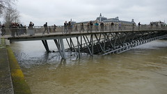 Passerelle Leopold Sedar Senghor innondation 2018 03 (benoit.patelout) Tags: paris seine innondation 2018 quai pont leopold sedar senghor passerelle