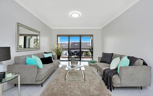 16/2 Taylors Dr, Lane Cove North NSW 2066