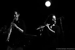 Mehdi Chaïb: sax, perc / Naïssam Jalal: comp, flute (jazzfoto.at) Tags: wwwjazzfotoat wwwjazzitat jazzitsalzburg jazzitmusikclubsalzburg jazzitmusikclub jazzfoto jazzphoto markuslackinger jazzinsalzburg jazzclubsalzburg jazzkellersalzburg jazzclub jazzkeller jazzit2018 jazz jazzsalzburg jazzlive livejazz konzertfoto concertphoto liveinconcert stagephoto greatjazzvenue downbeatgreatjazzvenue salzburg salisburgo salzbourg salzburgo austria autriche blitzlos ohneblitz noflash withoutflash sony sonyalpha sonyalpha77ii alpha77ii sonya77m2 concert konzert concerto concierto a77m2 pretoebranco