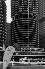 Old & New & Older &.jpg (Milosh Kosanovich) Tags: chicagosclassiclady chicagoriverwalk marinacity chicago mickchgo minoltax700 chicagophotographicart epsonv750pro chicagoarchitecturetour boatrental miloshkosanovich kodaktmaxrsdeveloper chicagophotoart chicagoelectricboatrentals chicagophotographicartscom kodaktmax100 marinatowers