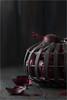 Rode Ajuinen (Schotje) Tags: ajuinen rood mand achtergrond licht zwart background black onion red light dark donker food voeding