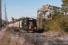 W&W 520 @ Dividing Creek, NJ (Dan A. Davis) Tags: ww winchesterandwestern gp9 freighttrain railroad locomotive train dividingcreek nj newjersey cm31