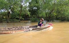 vietnam mekong delta cai bearea 16 (david eastley) Tags: vietnam mekong delta river caibe mother child