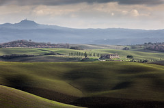 Colors (M.a.r.t.Y) Tags: valdorcia canon 5dmarkiii hills tuscany dream