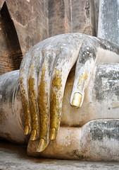Hand of Buddha (Valdy71) Tags: thailand thailandia nikon valdy travel sukhothai wat si chum temple buddha hand