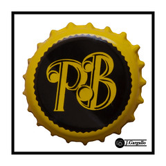 Paquita Brown (J.Gargallo) Tags: paquitabrown chapa cerveza beer bier birra macro macrofotografía marco framed canon canon450d eos450d eos 450d