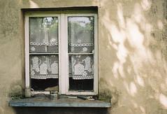 Old window (damianziel) Tags: city analog analogue film kodakgold gold200 primelens old vintagelens urban light kmount sunlight kodak